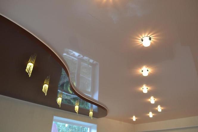 Двухуровневые натяжные потолки с подсветкой в зал: советы ... | 443x665